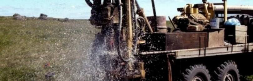 Скважина на воду способом роторного бурения: особенности технологии, принцип осуществления работ