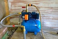 Скважину, которая будет располагаться в подвале дома, необходимо обустраивать до или после строительства фундамента