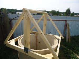 Построение домика из дерева