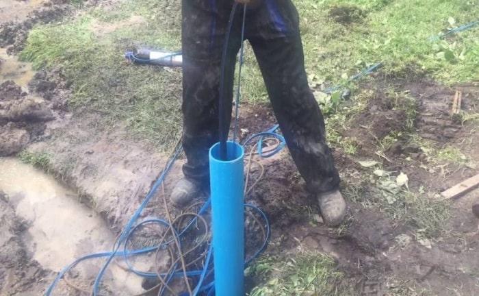 Водоподъемная труба в скажине